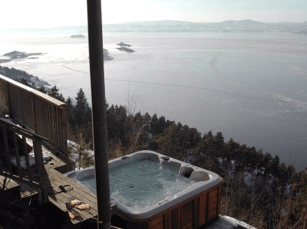 arctic-spas-hot-tub-way-up-high